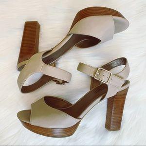 Moda Spana Wooden Block Heel Peep Toe Shoes